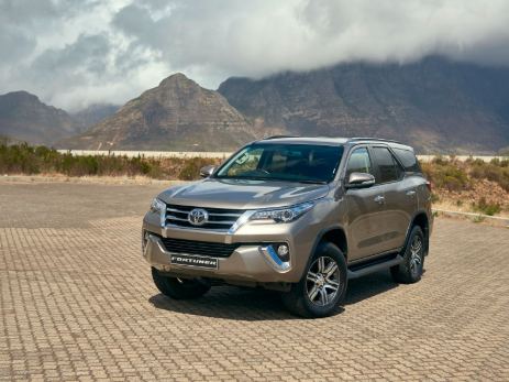 review fortuner